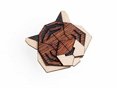 BEWOODEN Tiger Brooch